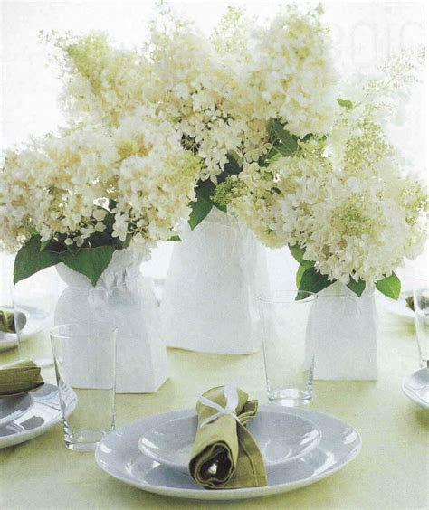 Flower Wedding Center Pieces by Ten Tips For Your Wedding Reception Centerpieces Wedding