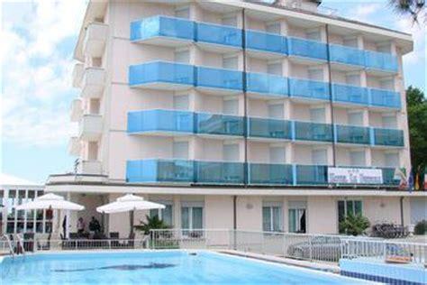 appartamenti rosanna lloret de mar hotel stockholm jesolo le migliori offerte con destinia
