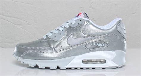 nike air silver nike wmns air max 90 metallic silver sole collector
