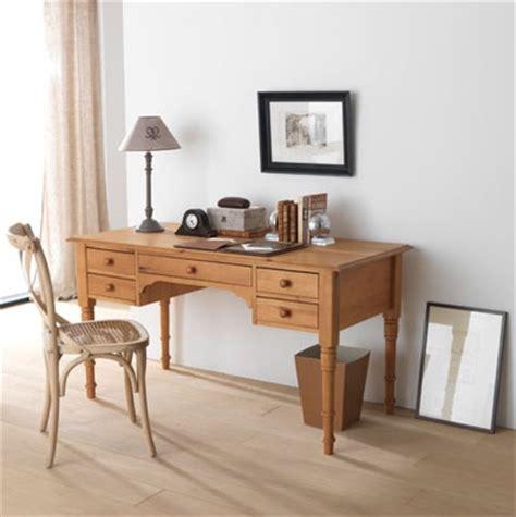 le petit bureau petit bureau en bois photo 1 5 ici le bureau dispose