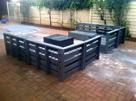 Superb Pallet Patio Furniture Set 101 Pallets Pallet Patio Furniture