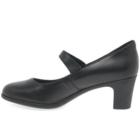 bata oxford shoes lyst bata oxford womens shoes in black