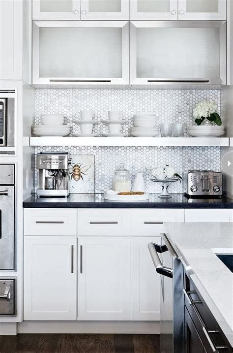 white honeycomb backsplash tile design ideas
