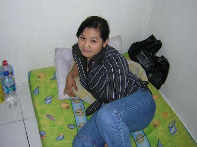 Kaos Nakal Nakal 13 Putih Dan Hitam foto foto tante nakal foto tante girang