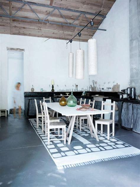 teppich läufer modern wohnzimmer gelbe wand