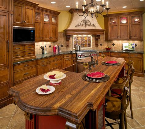 Tuscan Kitchen Countertops by Loveshine Creations Konsep Country Style