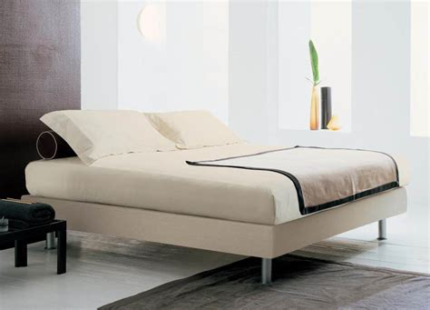 Bonaldo Mister Sam Super King Size Bed Without Headboard