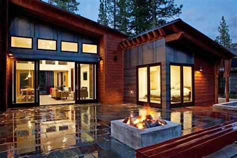 mountain modern prefabricated home  tahoe boasts indoor