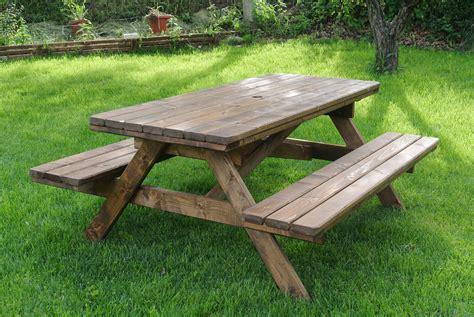 da giardino tavoli per l esterno in legno tavolo da giardino modello