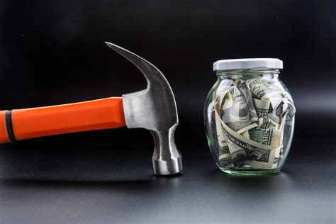 hammer  jar full  dollars money saving mootaco