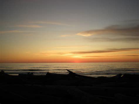 Indahnya Gan Gambar Foto gambar indahnya matahari terbit pemandangan bawah laut