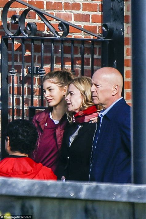 elisabeth shue seinfeld bruce willis gets close to eighties icon elisabeth shue on