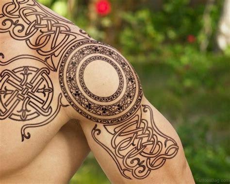 celtic knot cross tattoos 50 best celtic tattoos for shoulder