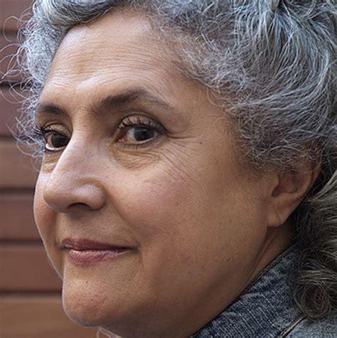 laura esquivel biography in spanish laura esquivel educator journalist author
