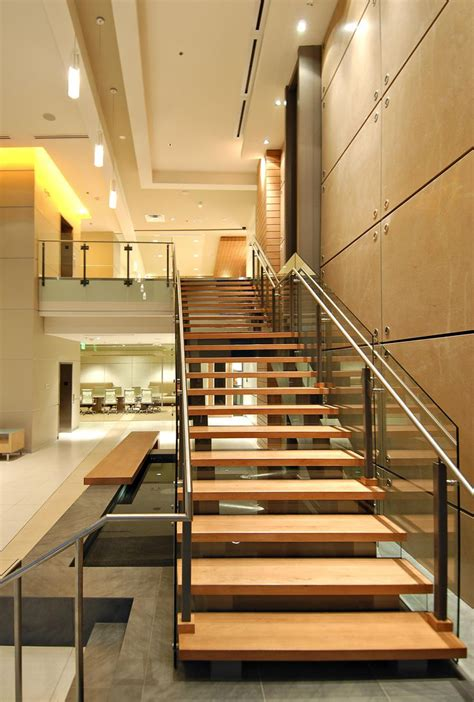 Lobby Stairs Design Beautiful Stairs In Modern Lobby Stairs Beautiful Modern And Craftsman