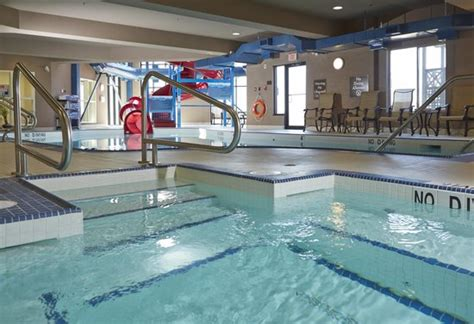 does the comfort inn have a pool hot tub pool and waterslide picture of comfort suites