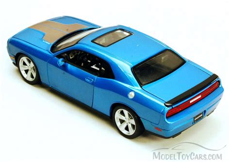 dodge model cars dodge challenger srt blue maisto 34280 1 24 scale