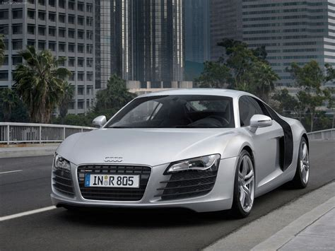 Audi R8 (2007) picture 8 of 96