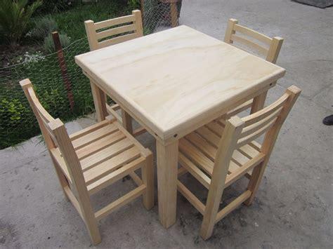 mesas y sillas madera mesa de madera 4 sillas uso rudo restaurante bar