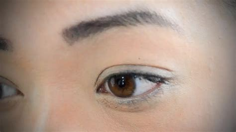Your Lashes by 4 Ways To Curl Your Eyelashes Without An Eyelash Curler