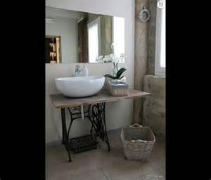 d 233 coration shabby une salle de bain avec des meubles de