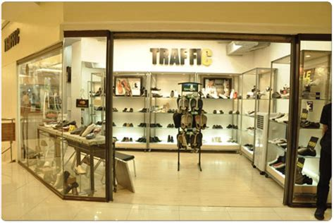 traffic shoe store greenhills shopping center