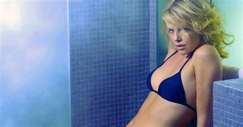 hot girls nude in bathroom charlize theron wallpapers hollywood actress wallpapers