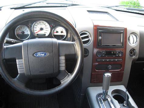ford  lariat super crew sold  ford  lariat super crew  auto