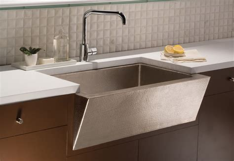difference between apron sink and farmhouse sink a farmhouse sink by any other name trails