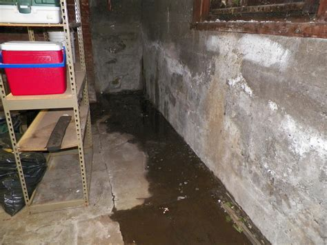water coming in basement water coming in at the footing