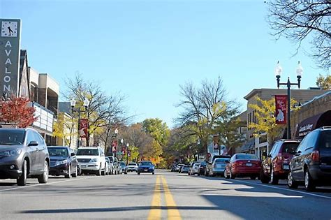 white lake s charming downtown makes for easy getaway
