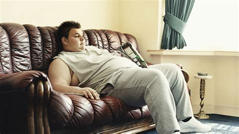 you sitting on the couch watching tv study says cutting couch and tv time could bump up life