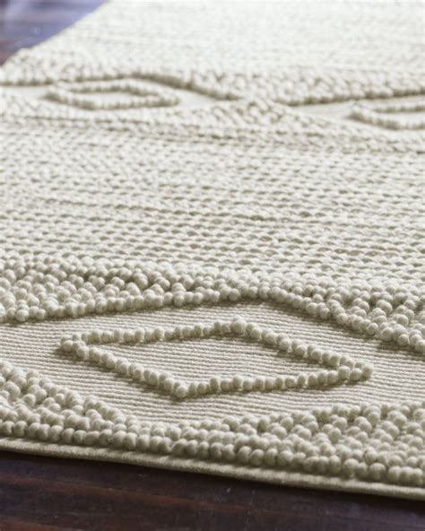 how to make a macrame rug macram 233 wool rugmacram 233 wool rug living room lilies rugs and wool