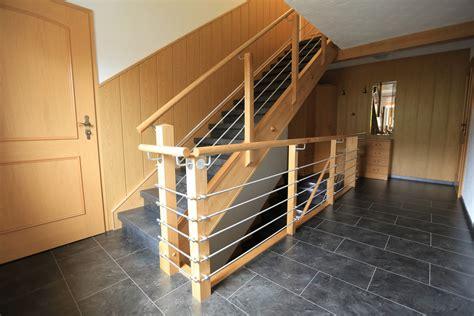 Befestigung Treppengeländer by H K Treppenrenovierung Holztreppengel 228 Nder Renovieren So