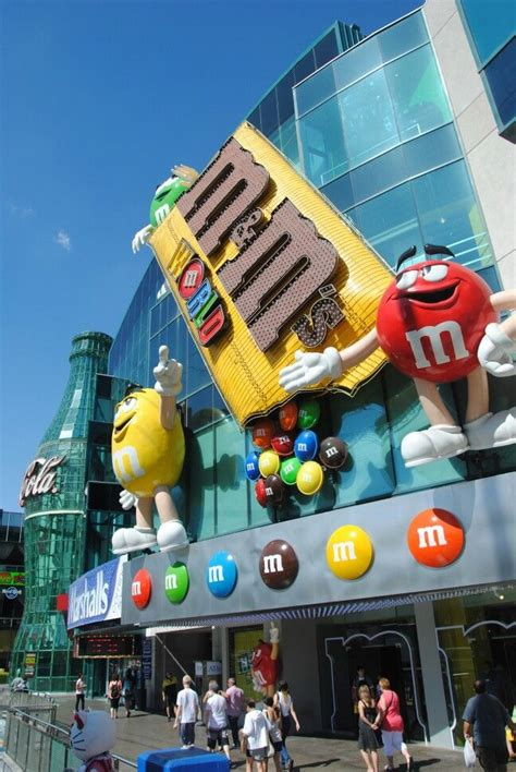 a sweet visit to the m ms world store in las vegas yum mp4 youtube