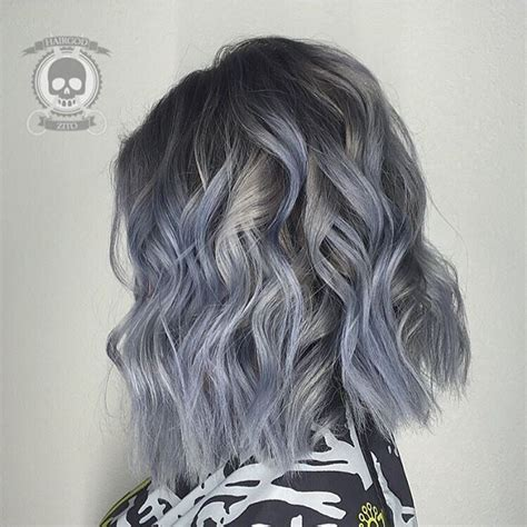 painting lowlights on gray hair blue steel gray hair color and curly lob messy lob by