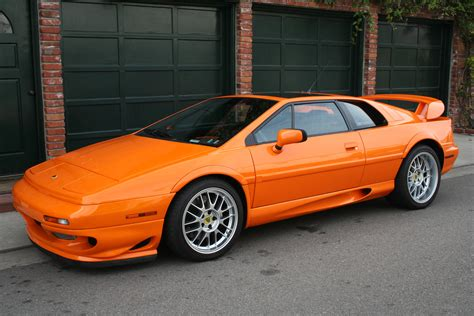 how to sell used cars 2002 lotus esprit parking system lotus esprit v8 auto obsession lotus dream garage and cars