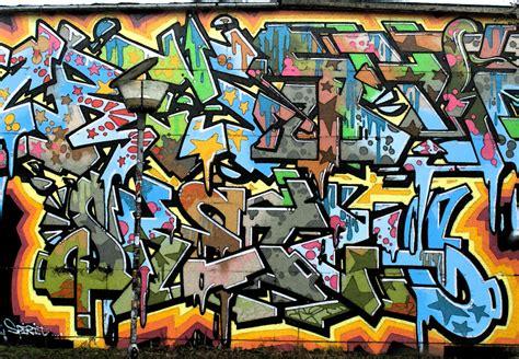wallpaper graffiti vespa graffiti by alfeign on deviantart