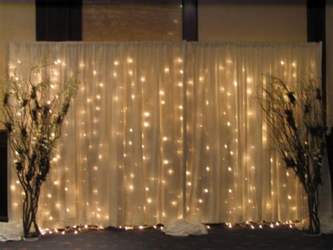 Where To Rent Curtain Lighted White Wire 16 5 In Edmonton