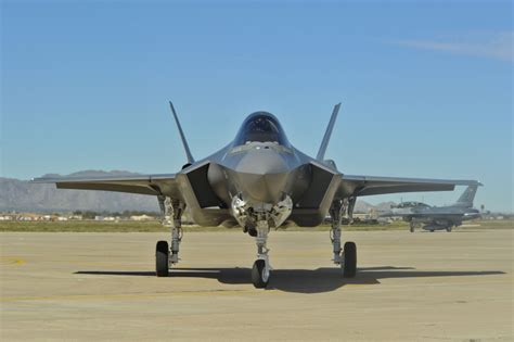 F 35 Lighting by F 35 Joint Strike Fighter Lightning Ii Pictures