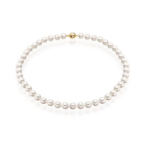 13 Most Stylish Pearl Necklaces For This Winter by Serenade And Pearl Necklace In Yellow Gold Winterson