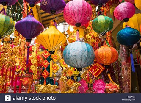 new year decorations sale hanoi tet lunar new year decorations