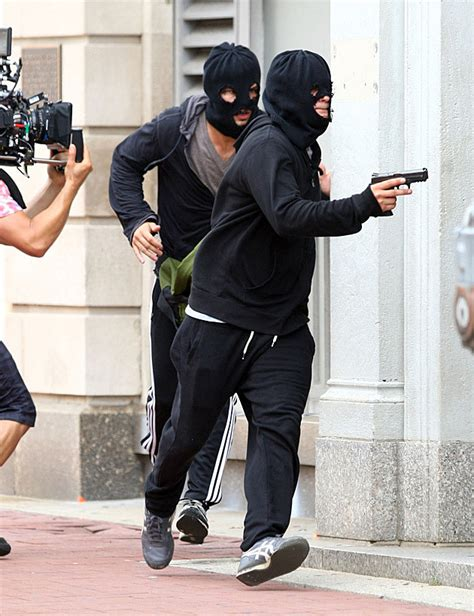 taylor lautner tattoos lautner rocks an arm a heist