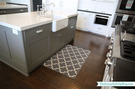 Kitchen Sink Rug Kitchen Sink Rugs Priorities And New Kitchen Rugs The Side Up Priorities And New Kitchen Rugs