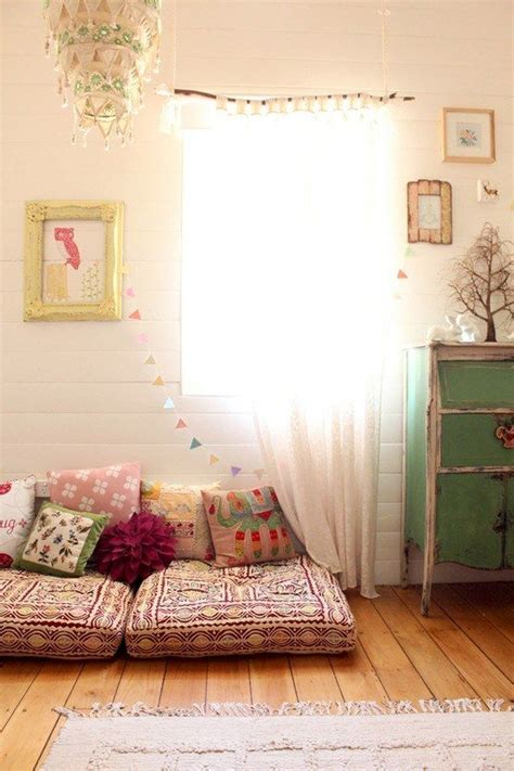 Kinderzimmer Ideen Vintage by Leseecke Im Kinderzimmer Gestalten Sitzkissen Boden