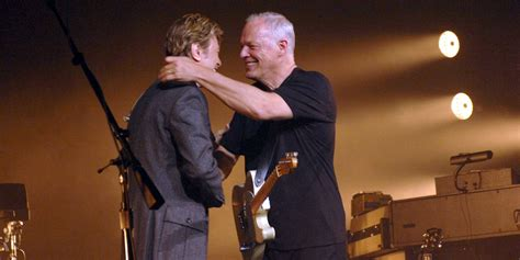 david bowie comfortably numb david gilmour concert performance featuring david bowie is