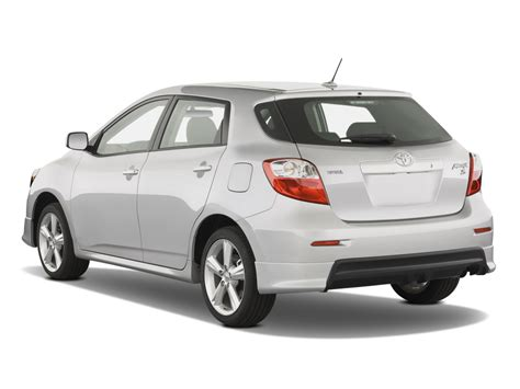 toyota matrix 2009 toyota matrix reviews and rating motor trend