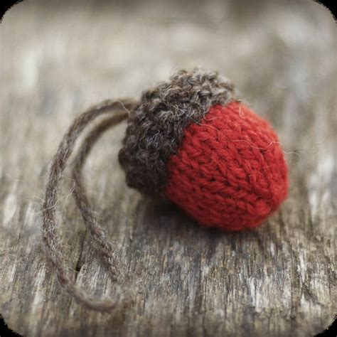 knit acorn christmas ornament pattern rustic by thesittingtree