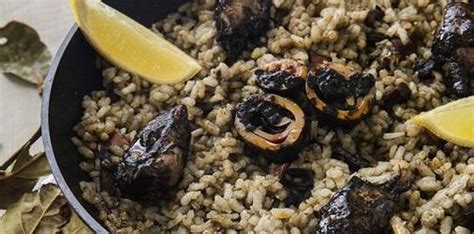 cara membuat nasi goreng hitam resep cara membuat nasi goreng cumi hitam spesial resep