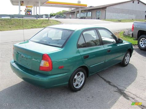Hyundai 2001 Accent by 2001 Hyundai Accent Ii Sedan Pictures Information And